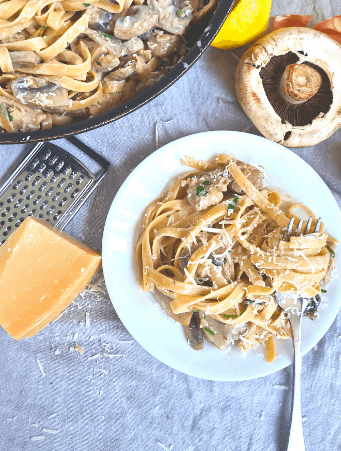 This creamy chicken mushroom pasta is creamy, its tangy and most importantly, its a big warm hug of pasta!