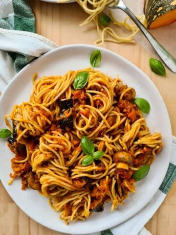 Full plate of spaghetti vegetarian bolognese