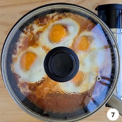 Lid placed onto pan for slow simmering